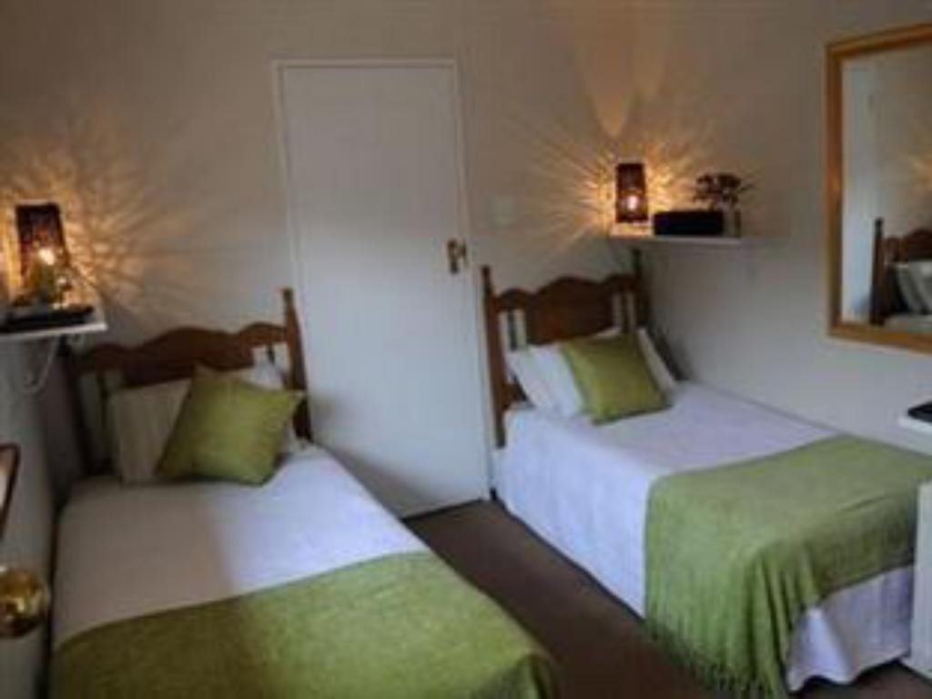 Twin med bad - Gjesterom A Peaceful Retreat Bed and Breakfast