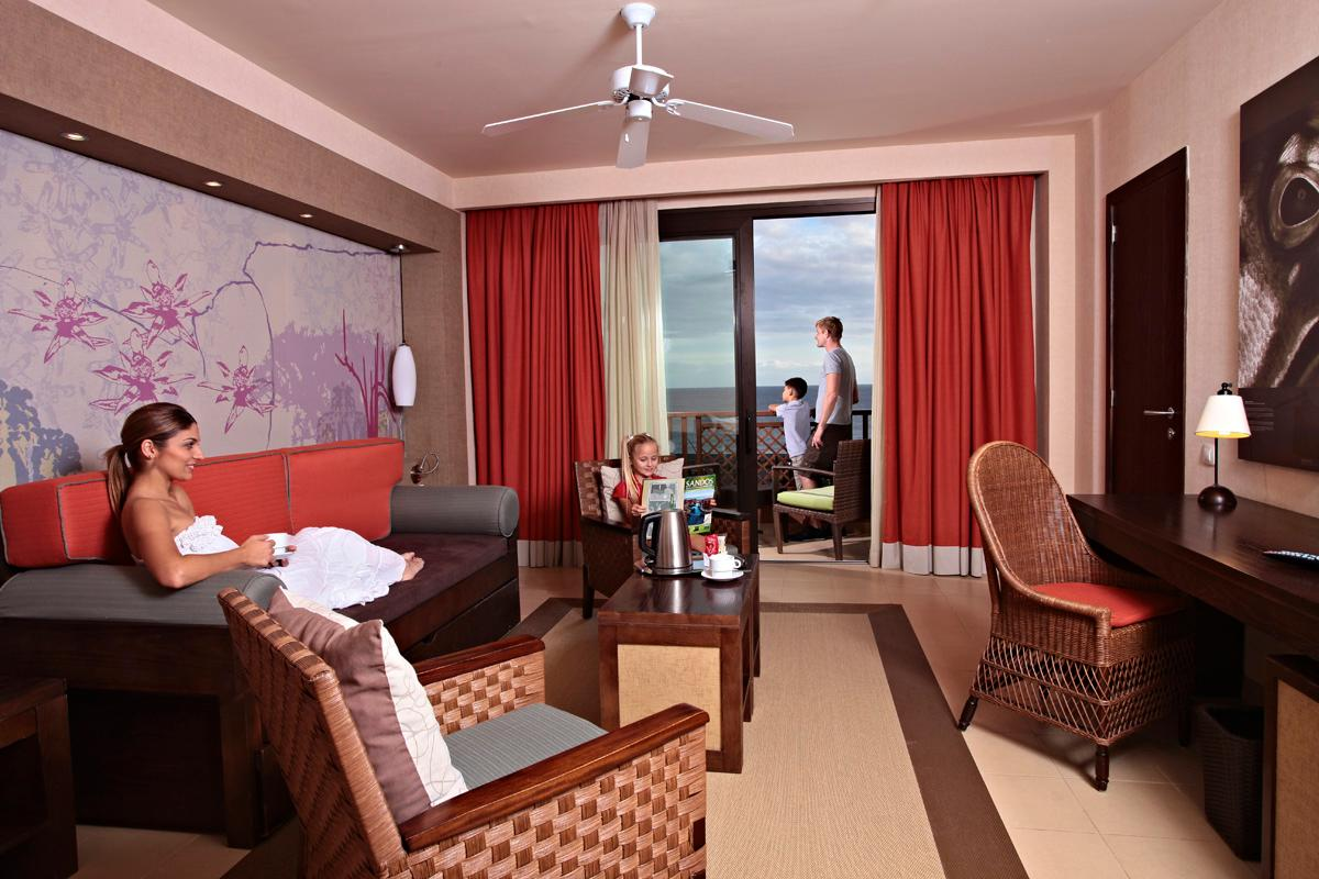 Junior Suite (2 Volwassenen + 1 Kind) (Junior Suite (2 Adults + 1 Child))
