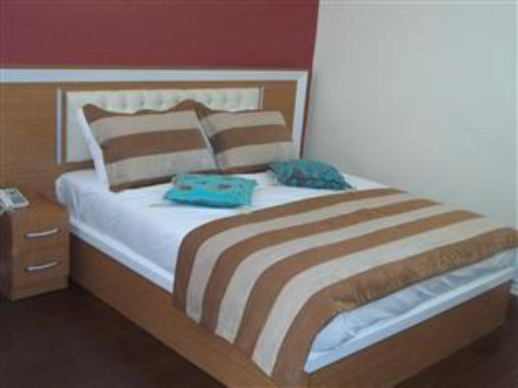 Azre Hotel in Istanbul - Room Deals, Photos & Reviews