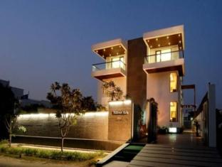 Silver Ark Gurgaon - Business Boutique Hotel