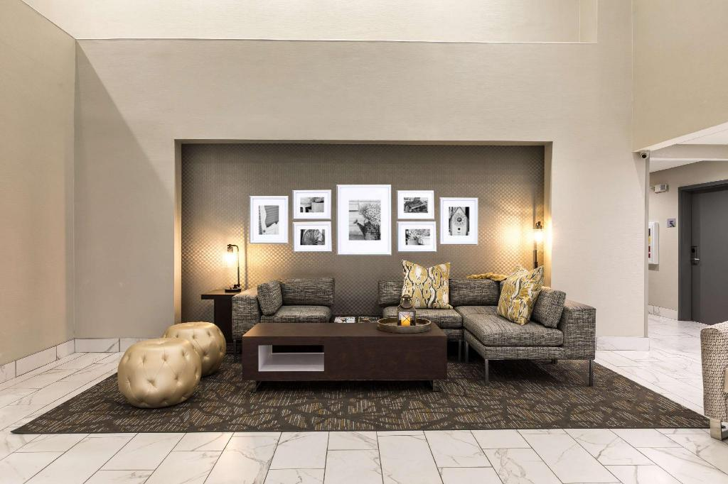 Lobby Wingate by Wyndham Augusta Washington Road