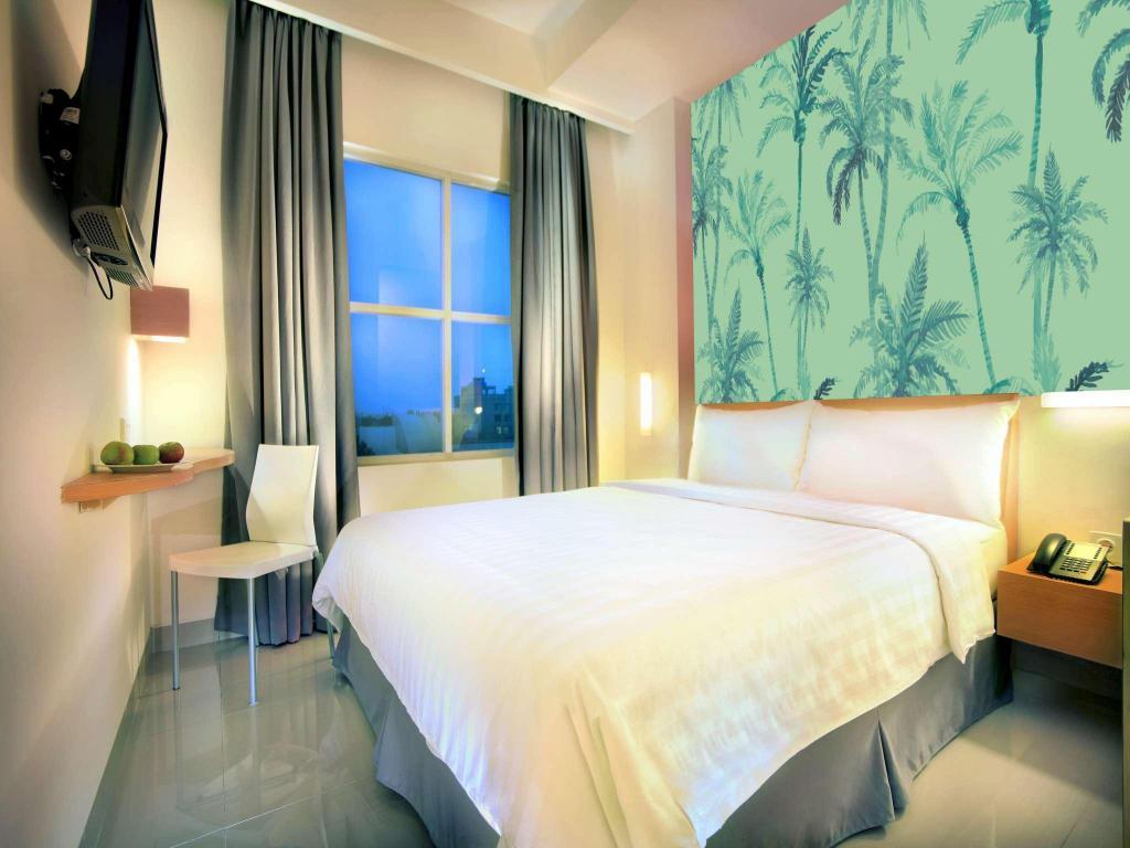 Liberta Hotel Kemang In Jakarta Room Deals Photos Reviews