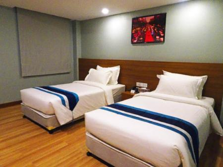 Superior Twin - Bed Hotel Azure