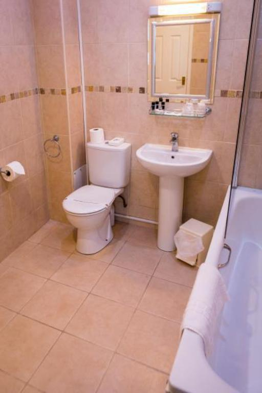 Single Room - Bathroom BEST WESTERN PLUS West Retford Hotel