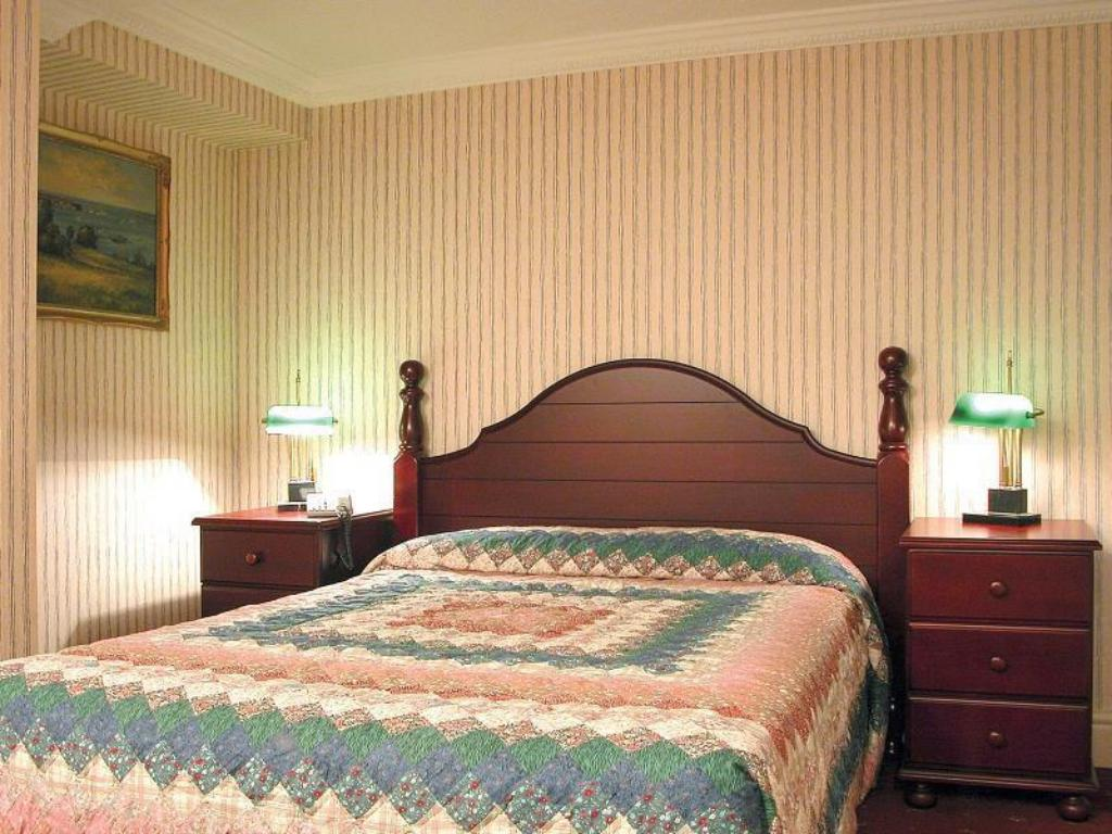 Double Room - Bed Britannia Hotel Stockport