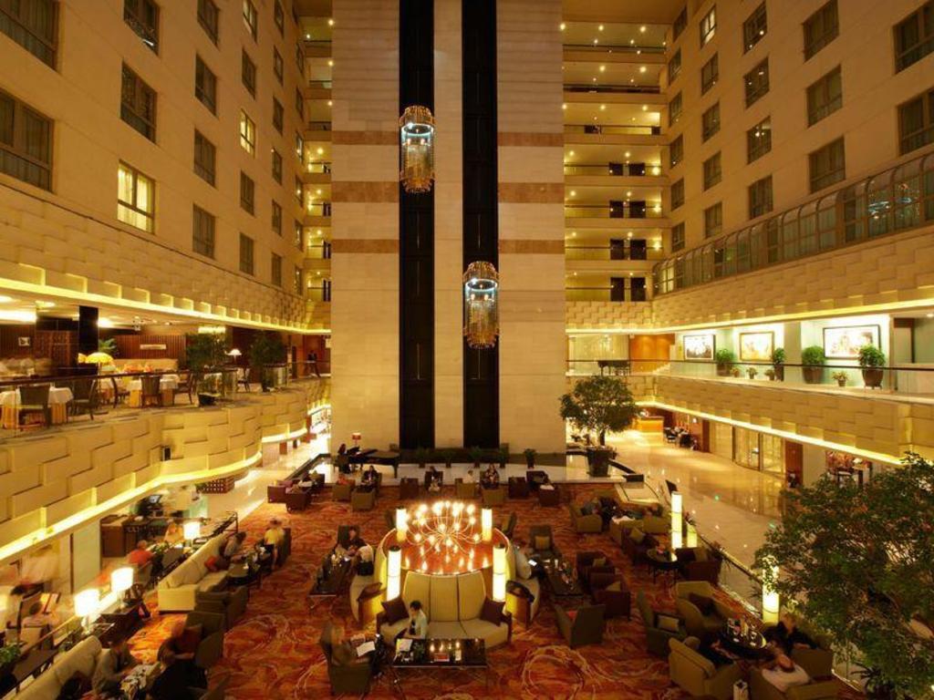 Crowne Plaza Beijing Wangfujing in China - Room Deals