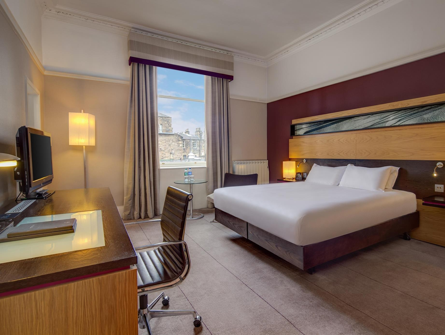 Phòng Hilton Deluxe Có Giường Cỡ King (King Hilton Deluxe)