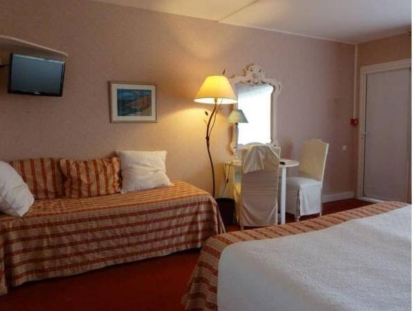Double Room with St Michel View - Ground Floor