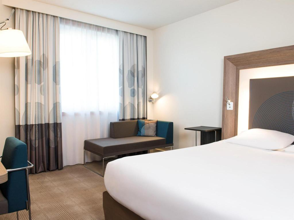 Superior Double Room Novotel Brussels City Centre