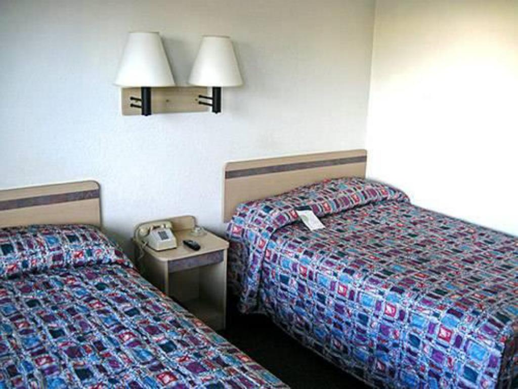 Bed Motel 6 Des Moines South - Airport