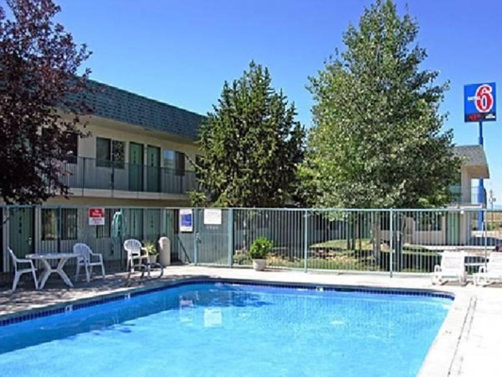 Motel 6 Laramie In Laramie Wy Room Deals Photos Reviews