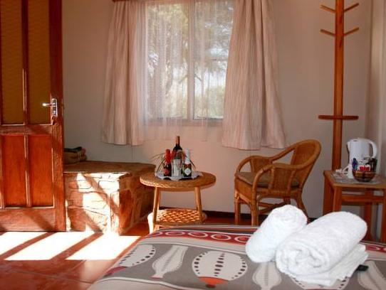 Budget Single Room - Ondekaremba Lodge