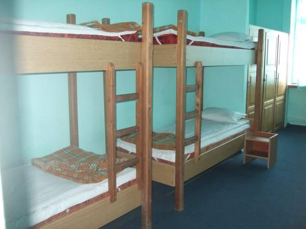 Dormitory Room (8 Adults) with Shared Bathroom