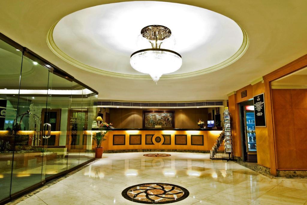 Berjaya Makati Hotel: 2019 Room Prices $50, Deals ...