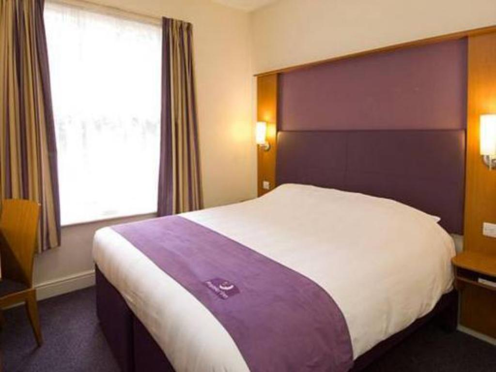 More about Premier Inn Bicester