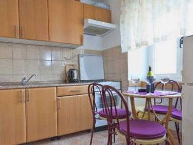 Apartament Duplex cu 2 dormitoare cu balcon (Duplex Two-Bedroom Apartment with Balcony)