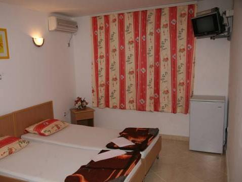 Studio cu balcon şi vedere la mare (2 adulţi) (Studio with Balcony and Sea View (2 Adults))