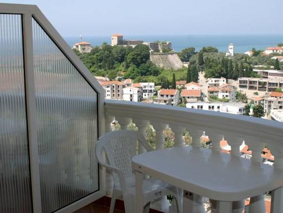 Studio cu balcon şi vedere la mare (4 adulţi) (Studio with Balcony and Sea View (4 Adults))