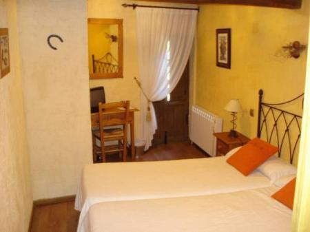 Double or Twin Room El Balcon de Mogarraz