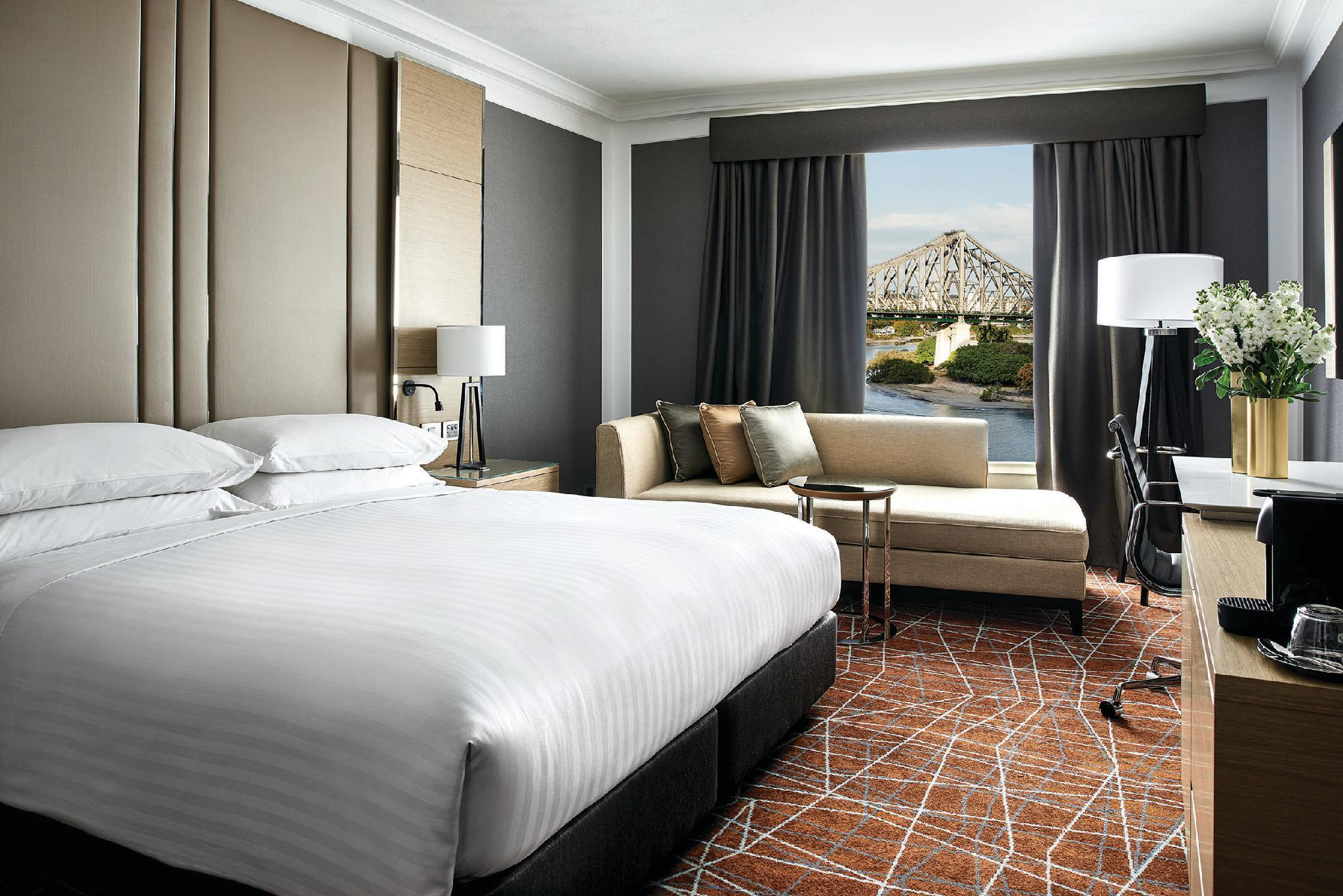Superior, Guest room, 1 King or 2 Double, City Skyline view