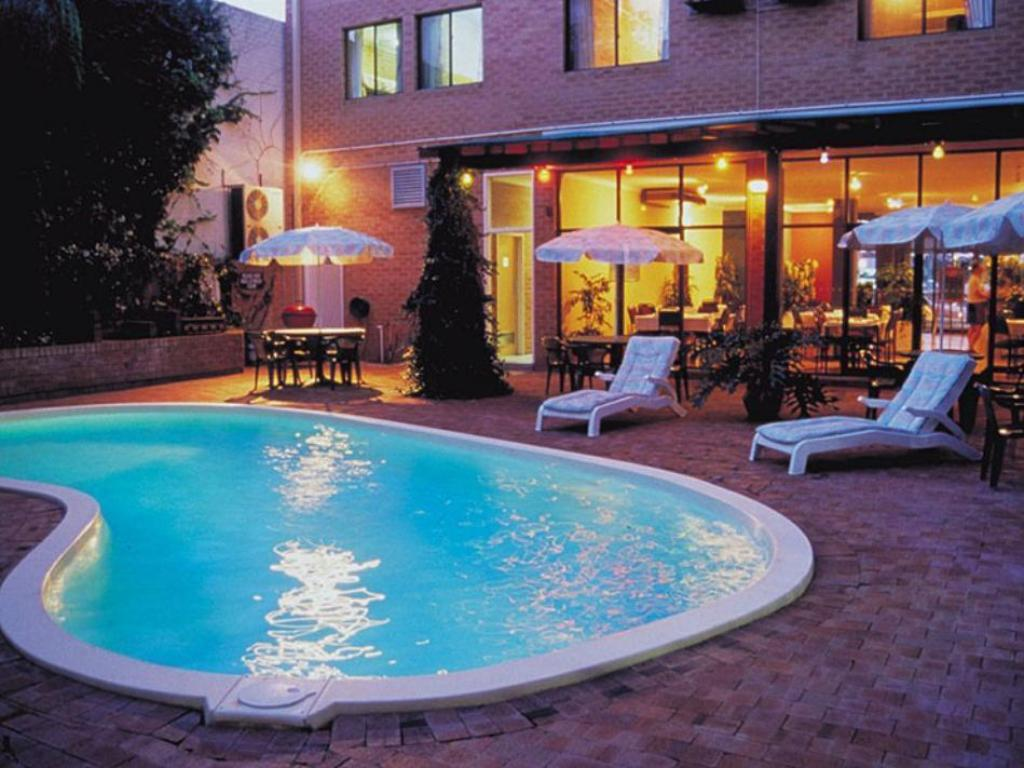Swimming pool Perth Central City Stay Apartment Hotel