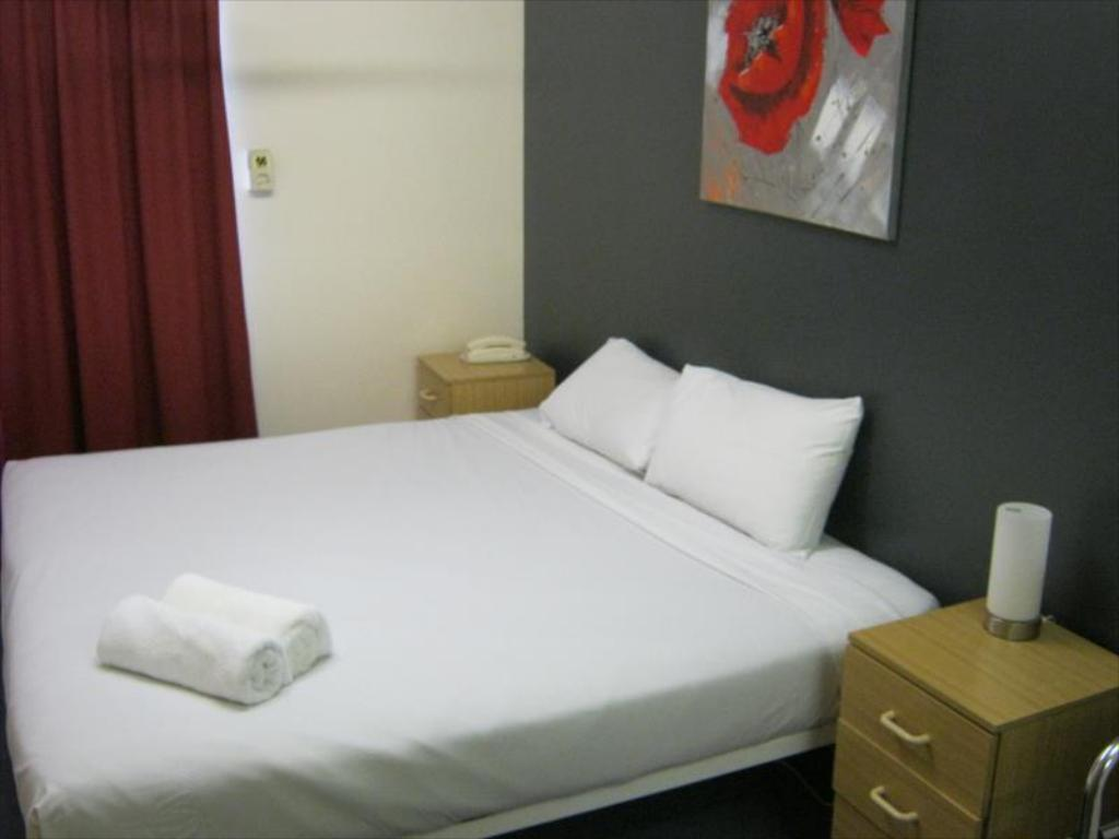 Bed Perth Central City Stay Apartment Hotel