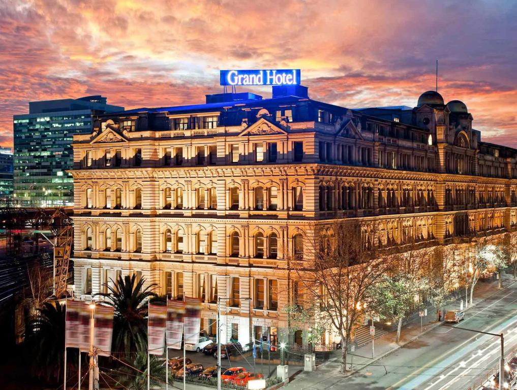 More about Grand Hotel Melbourne
