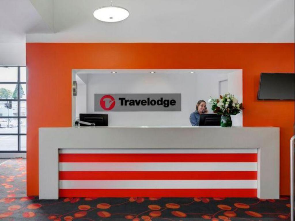 Lobby Travelodge Hotel Hobart