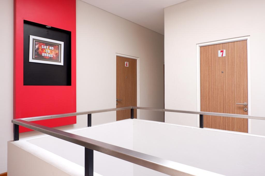 Interior view RedDoorz Plus near Mall Ciputra Semarang