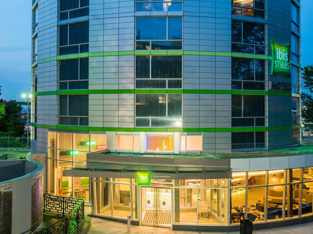 Best Price On Ibis Styles New York Laguardia Airport In New