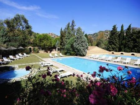 Swimming pool Hotel Rocca Dorada