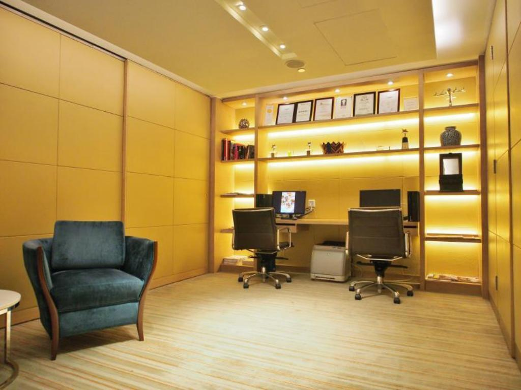 Best Price on Prudential Hotel in Hong Kong + Reviews