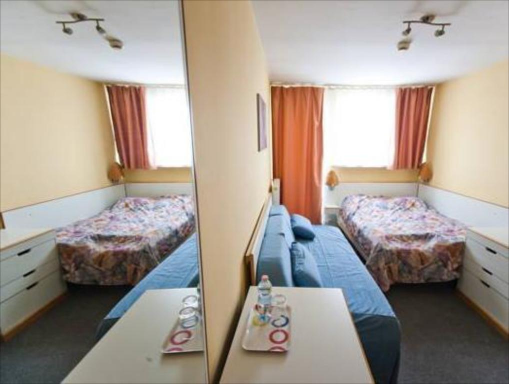 Single Room Hostel Malinowski City