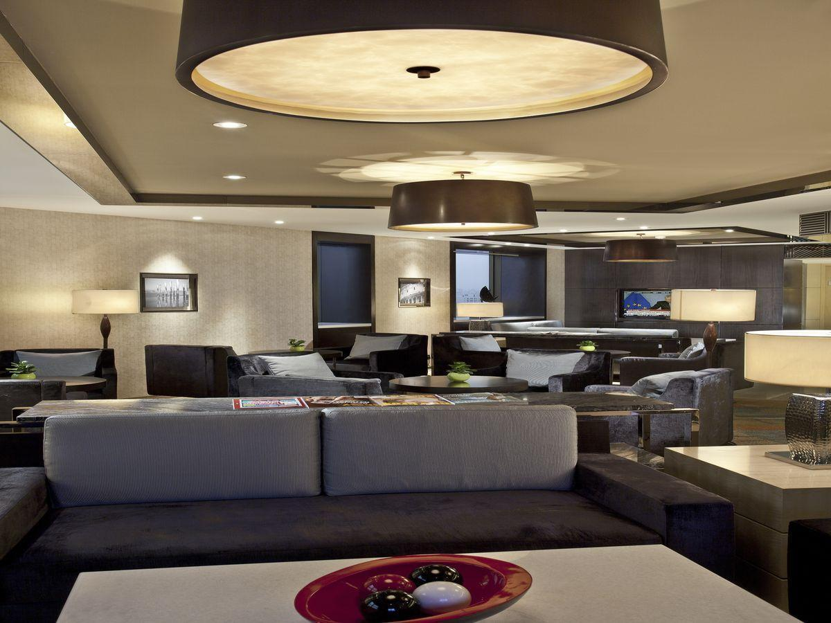 Deluxe Suite, Executive level, Suite, 1 King