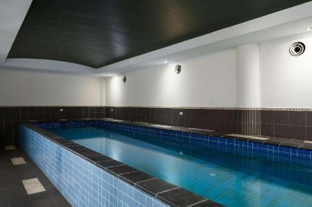 Swimmingpool Rydges Mackay Suites