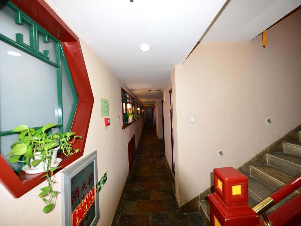 interior view bamboo garden hotel