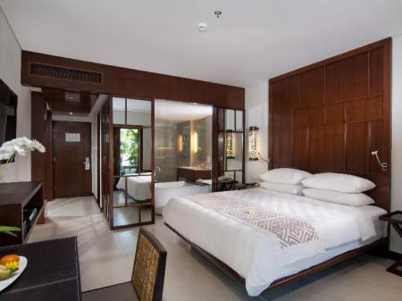 Номер Делюкс  Padma Resort Legian