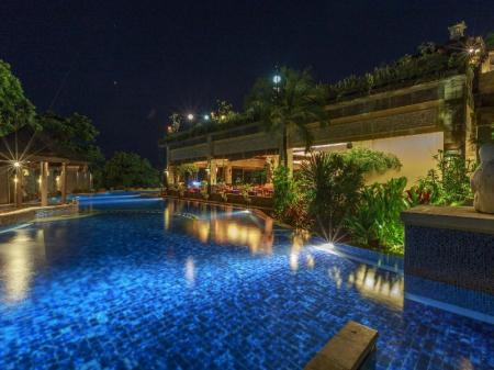 Swimming pool Pelangi Bali Hotel & Spa
