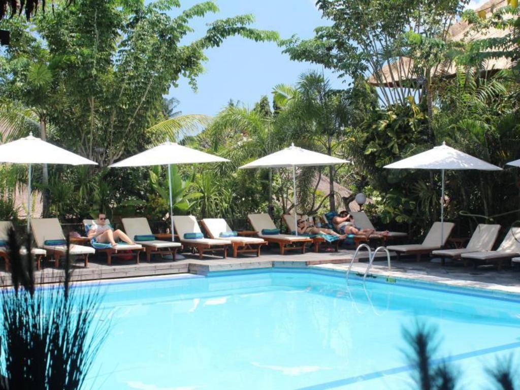 Swimming pool Bali Agung Village Hotel
