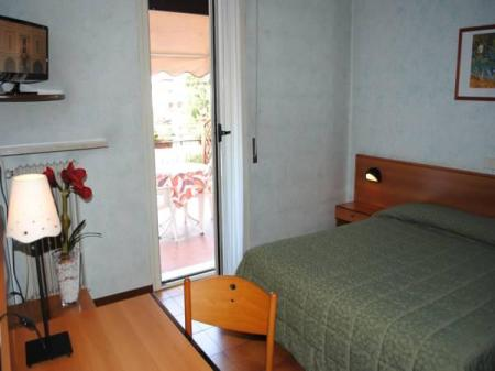 Standard Double Room - Annex Hotel Bel Sito