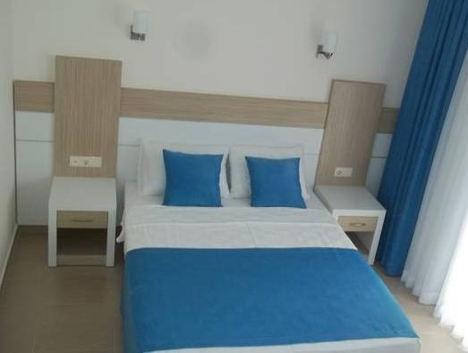 Стандартна двойна стая с изглед към планината (Standard Double Room with Mountain View)