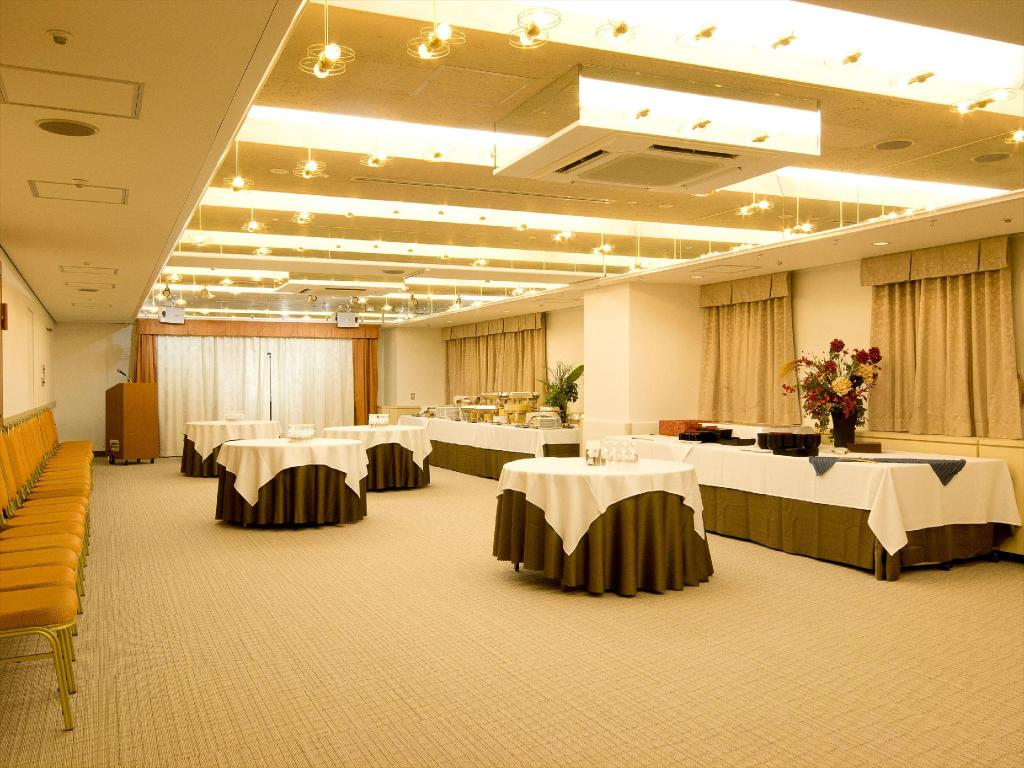 אולם אירועים Shinjuku Washington Hotel - Main Building