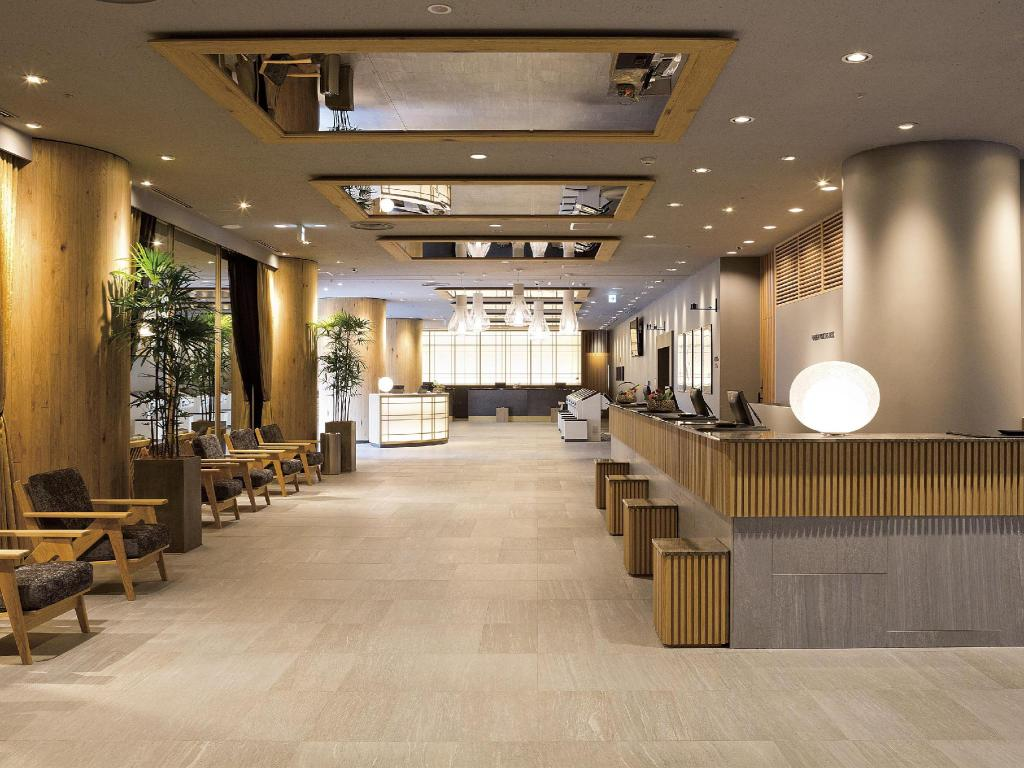 新宿華盛頓飯店本館 (Shinjuku Washington Hotel - Main Building)
