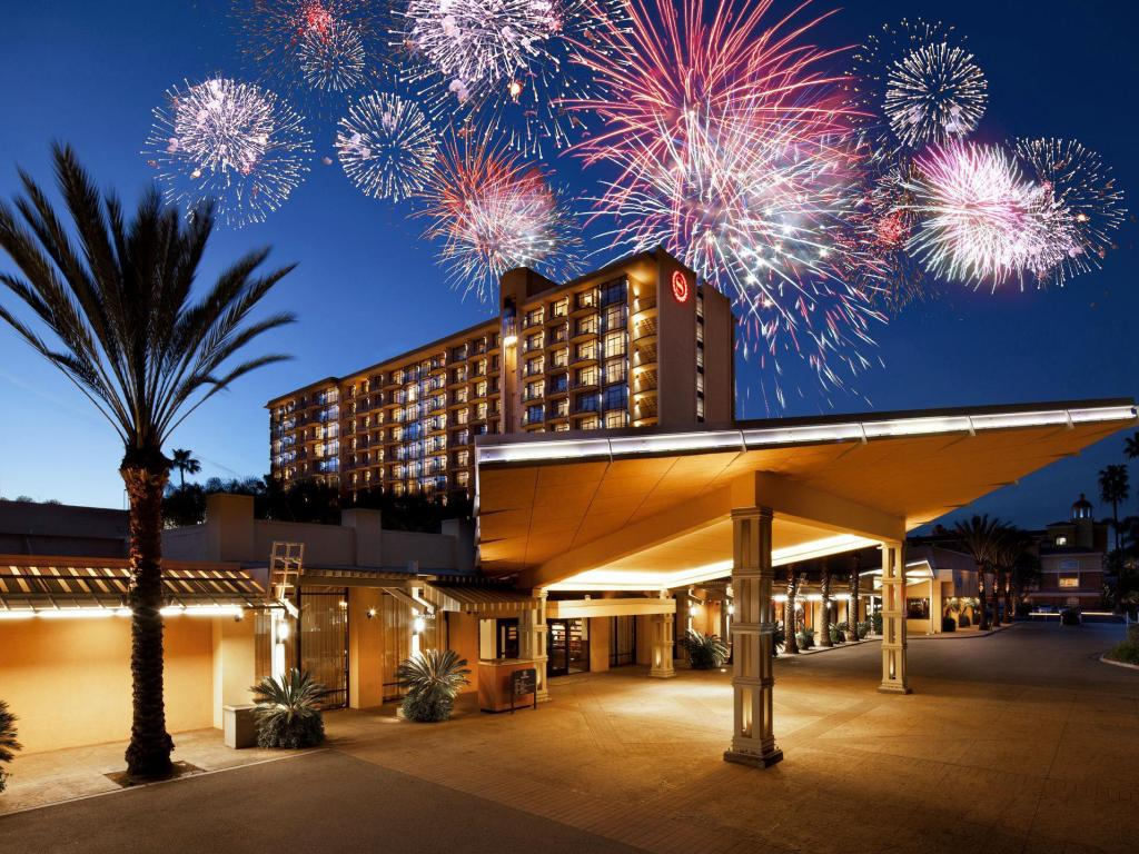 喜來登阿納海姆度假公園酒店 (Sheraton Park Hotel at the Anaheim Resort)