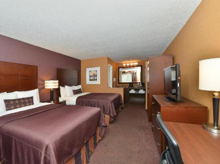 2 Double Beds, Non-Smoking Best Western Plus Stovall Inn