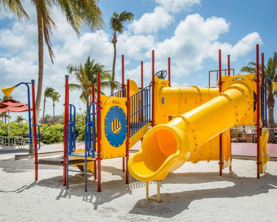 Playground Bluegreen Vacations La Cabana Beach Resort and Casino