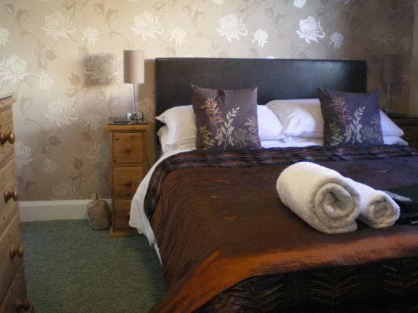Super King or Twin Room Ensuite