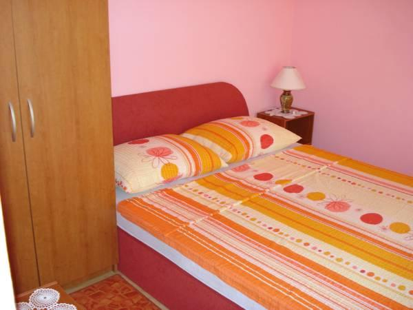 Apartament Confort cu 2 dormitoare cu balcon (Comfort Two-Bedroom Apartment with Balcony)