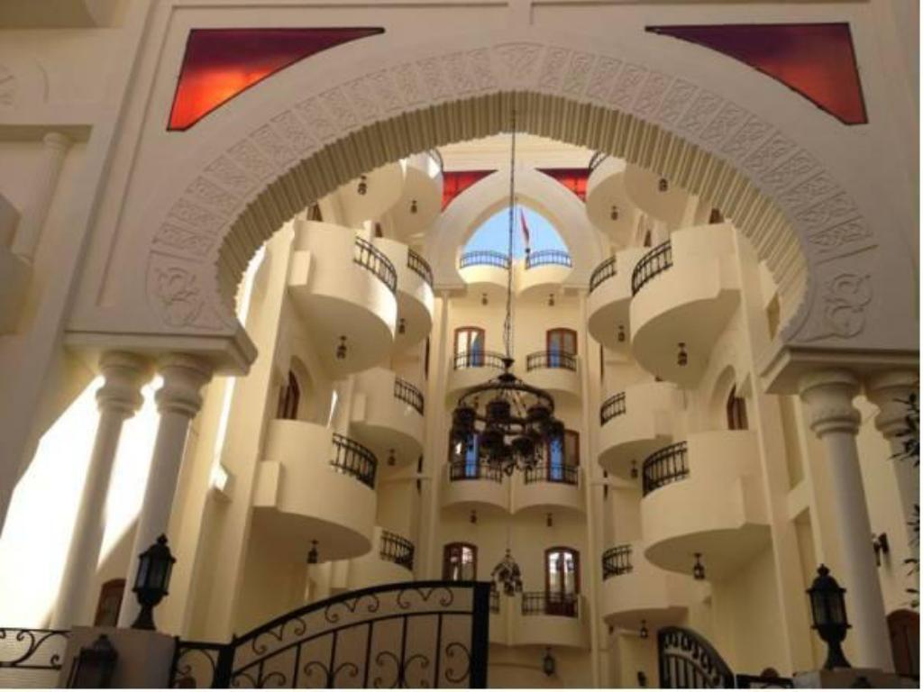 More about Al Hambra Hotel