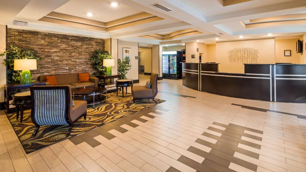 ردهة بيست ويسترن بلس كولومبيا نورث إيست (Best Western PLUS Columbia North East)